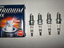 4 NGK BKR8EIX 2668 spark plugs